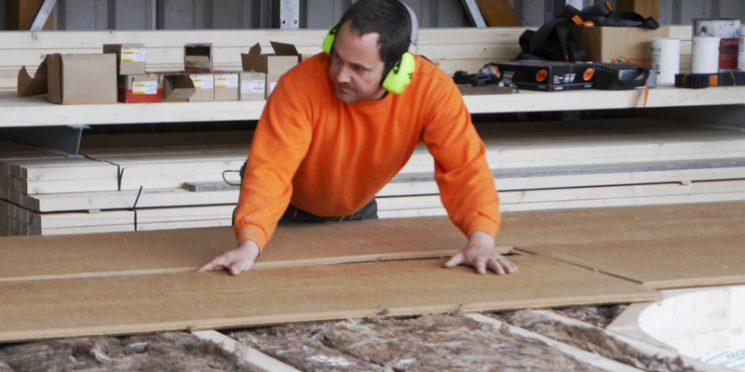 Vorbeikommen und Zuschauen bei Holzbau Freisinger